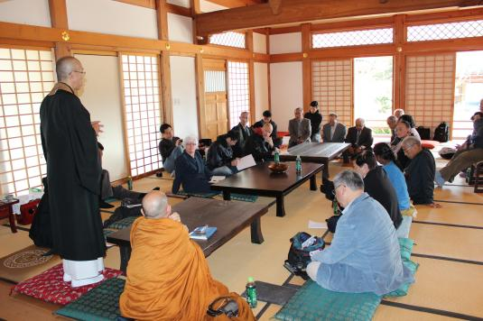 Rev. Hoshimi meets with the INEB delegation in November 2012